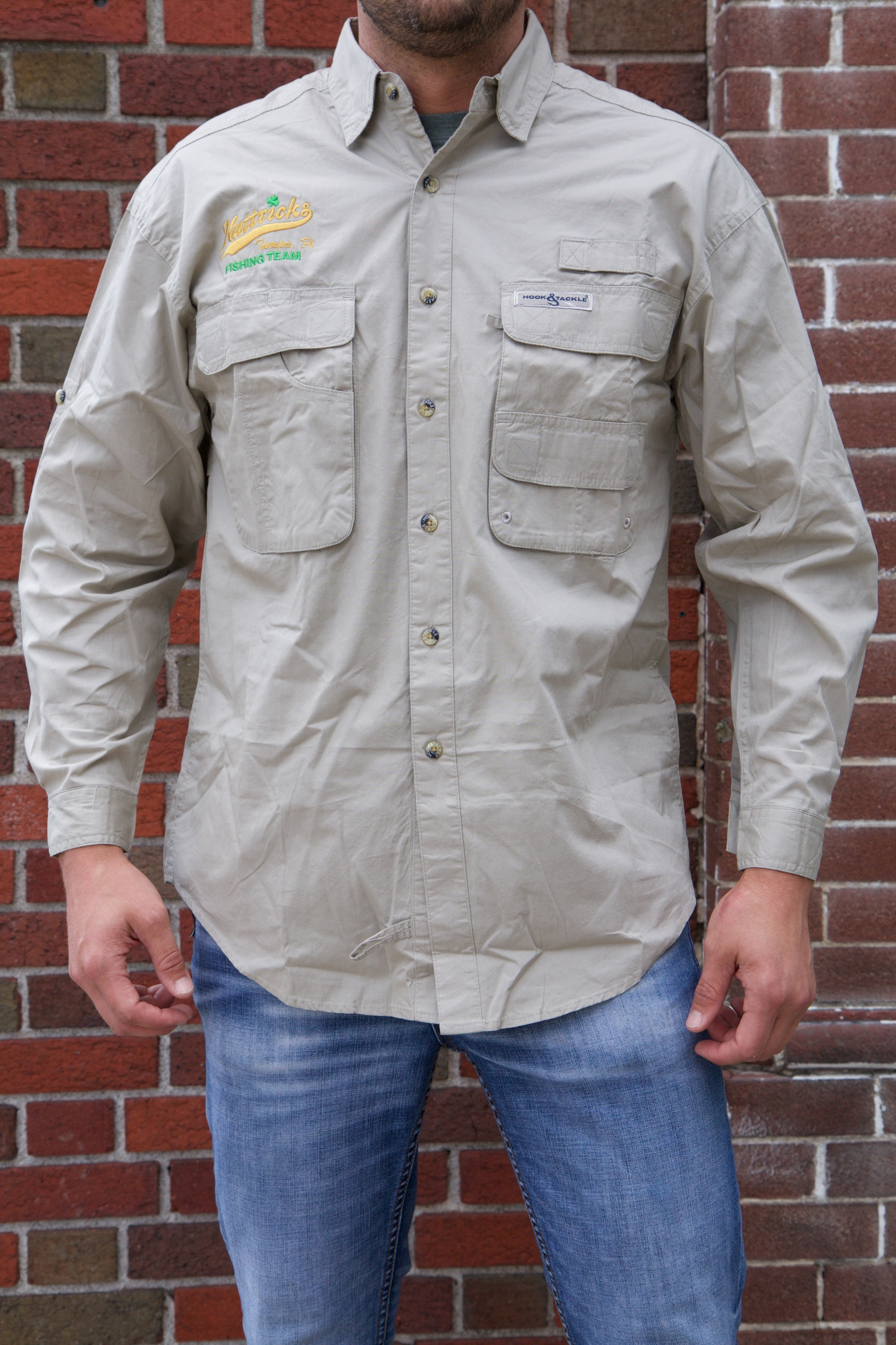 Hattricks mens fishing shirt hattricks tavern for Mens fishing shirts